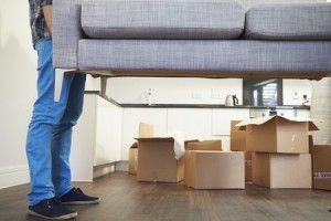 Avoid Damaging Your Home During a Move With These Tips